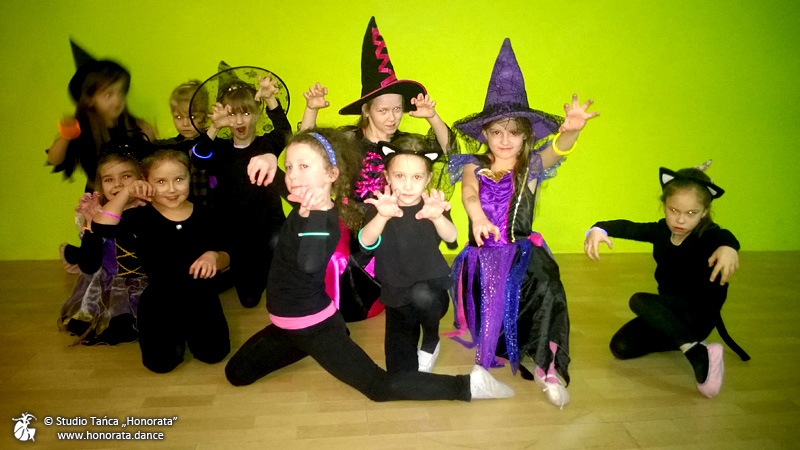 zabawa-andrzejkowa-dzieci-6-7-lat-zajecia-taneczne-studio-tanca-honorata-tarnow