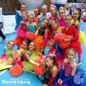 formacja-blask-studio-tanca-honorata-tarnow-taniec-dla-dzieci