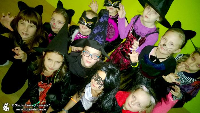 zabawa-andrzejkowa-dzieci-8-10-lat-szkolka-tanca-tarnow-honorata